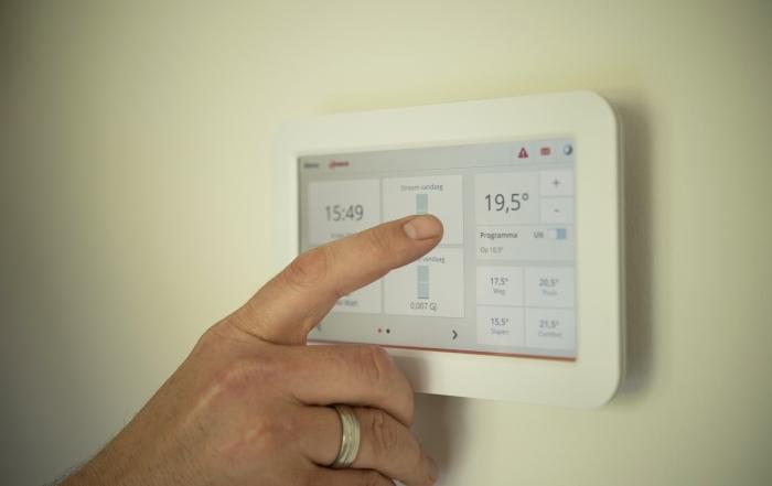 a qué temperatura poner el aire acondicionado