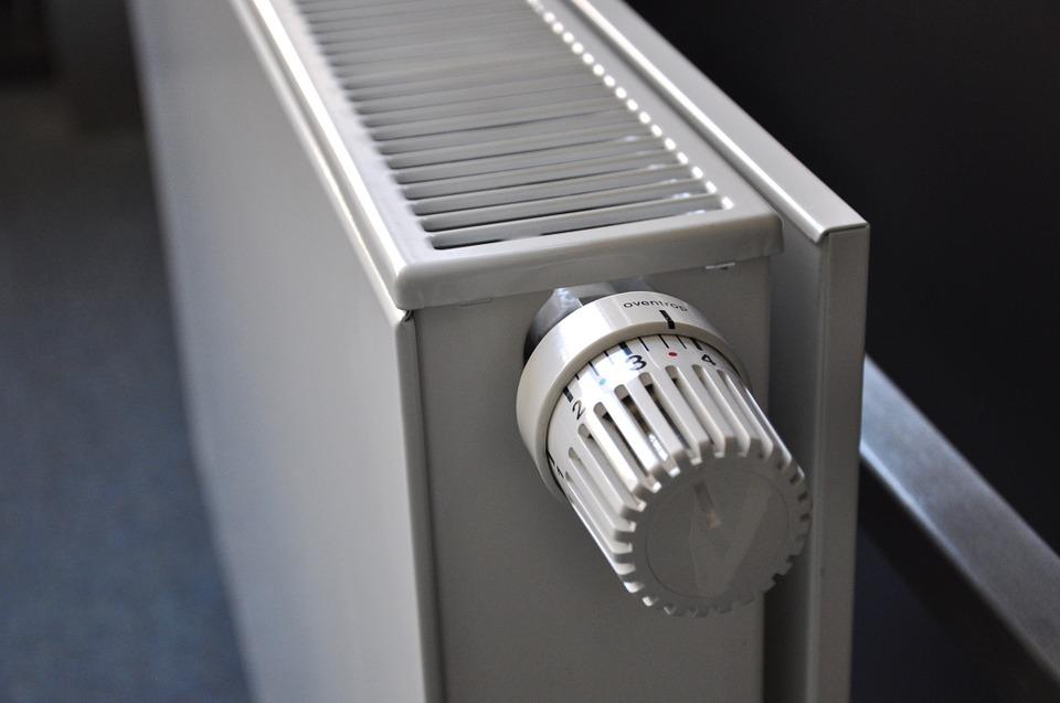Partes de los radiadores acumuladores de calor eléctricos